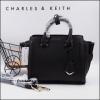 ใหม่ล่าสุด New 2018! CHARLE & KEITH STRUCTURED TRAPEZE BAG-สีดำ-